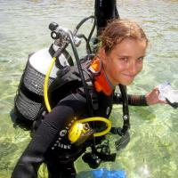 Beginners. 2 dives vacation packages. With PADI Discover Scuba Diving