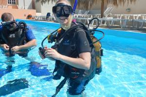 5 Star PADI training for beginners and for certified divers.